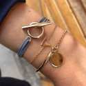 Tie bracelet with gold-plated T toggle