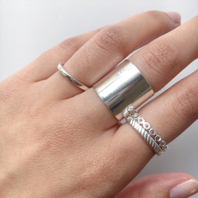Smooth tube ring