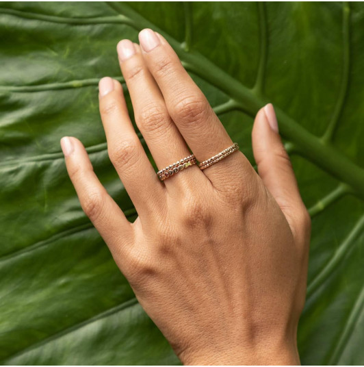Thin gold-plated faceted ring