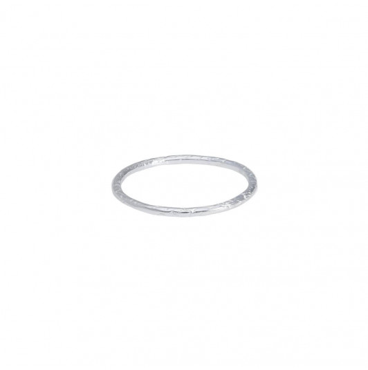 Textured thin ring