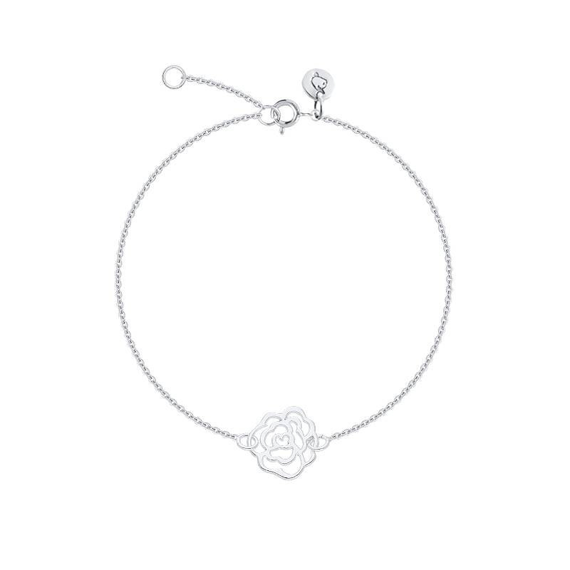 Chain bracelet with camellia