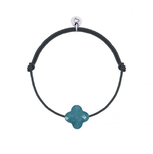 Tie bracelet with peacock blue agate clover