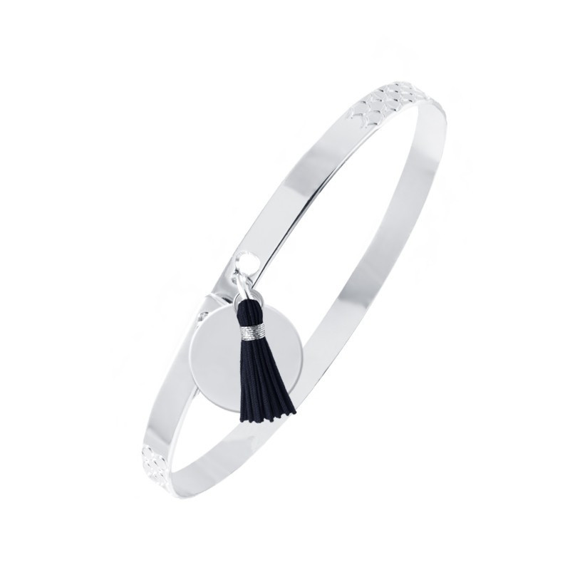 Lock bangle with medal and pompom