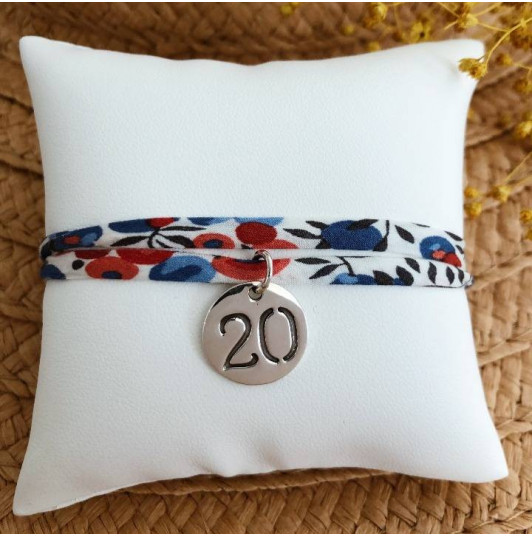 Liberty bracelet with engraved number medal for children