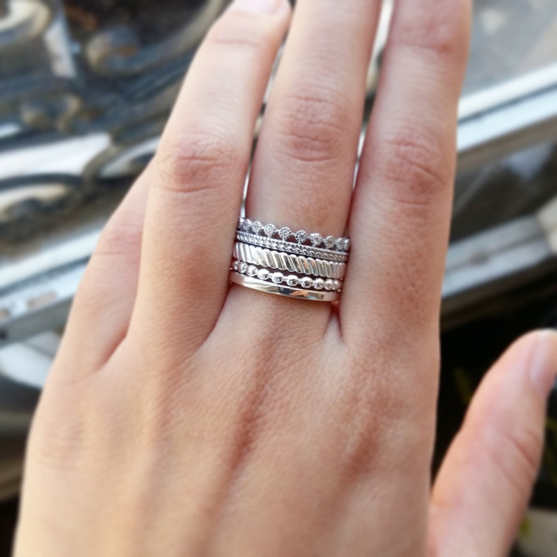Silver and Zircons ring combination