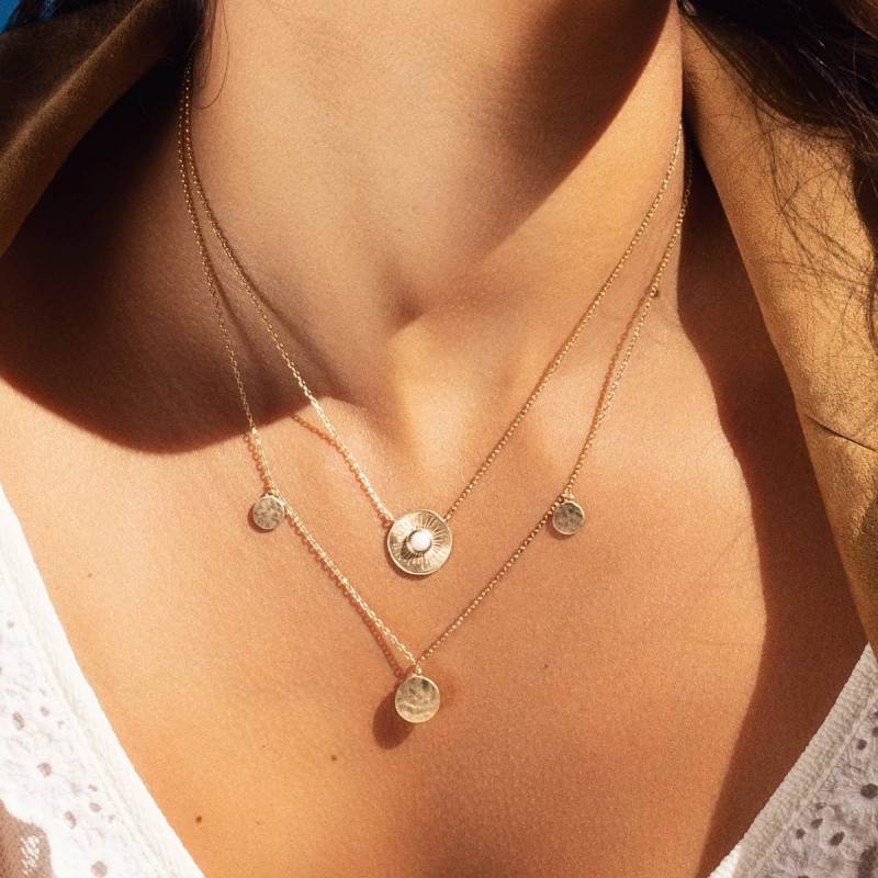 Gold-plated white turquoise Calypso necklace