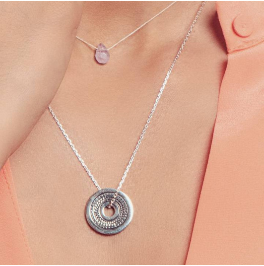 Chain necklace with large ethnic target charm