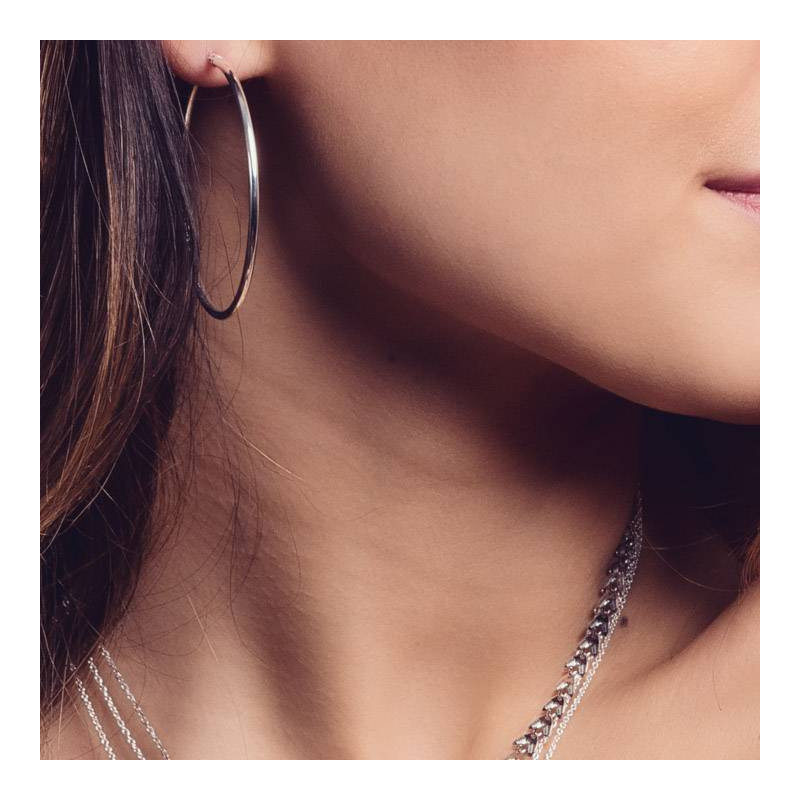 Large hoop earrings with clasp