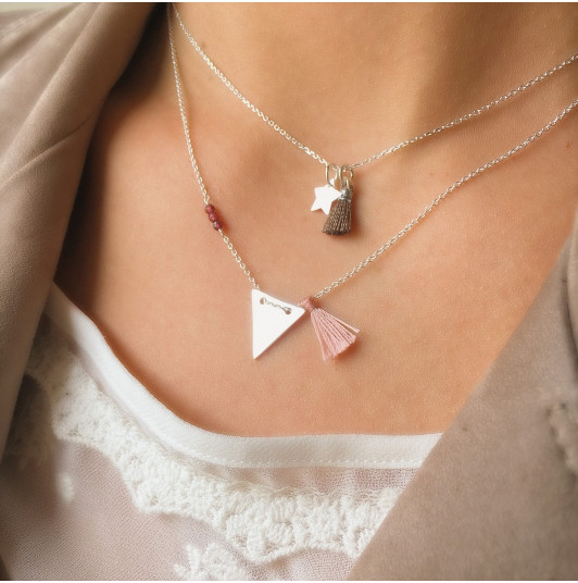 Chain necklace with small star and pompom
